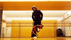 シャッフルダンス やり方 踊り方 基本 ステップ