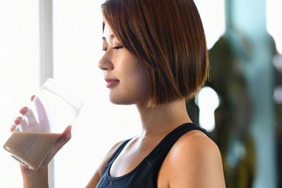 ダイエット用のプロテインと有酸素運動で痩せる